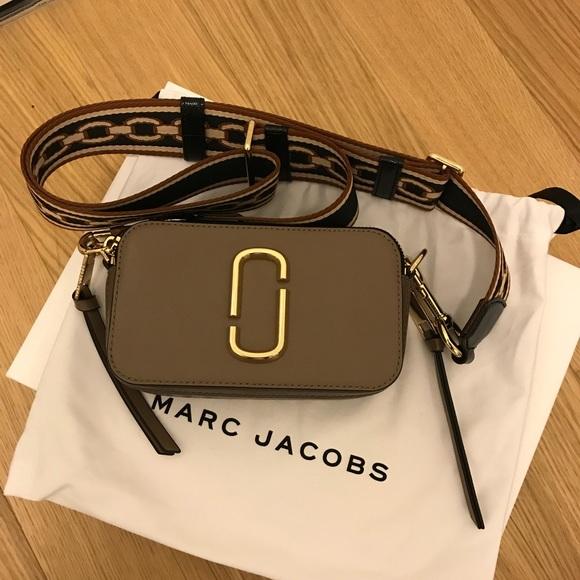 01d7142bd65a Marc Jacobs Snapshot Camera bag. M 5a9c8f0e9d20f04fb8fb9e9a